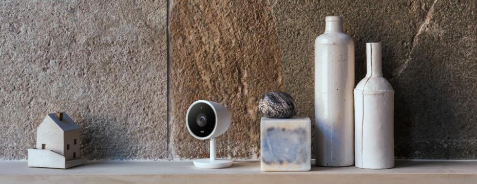 INNE: Nest har to innendørskamera og ett utendørskamera i produktporteføljen.
