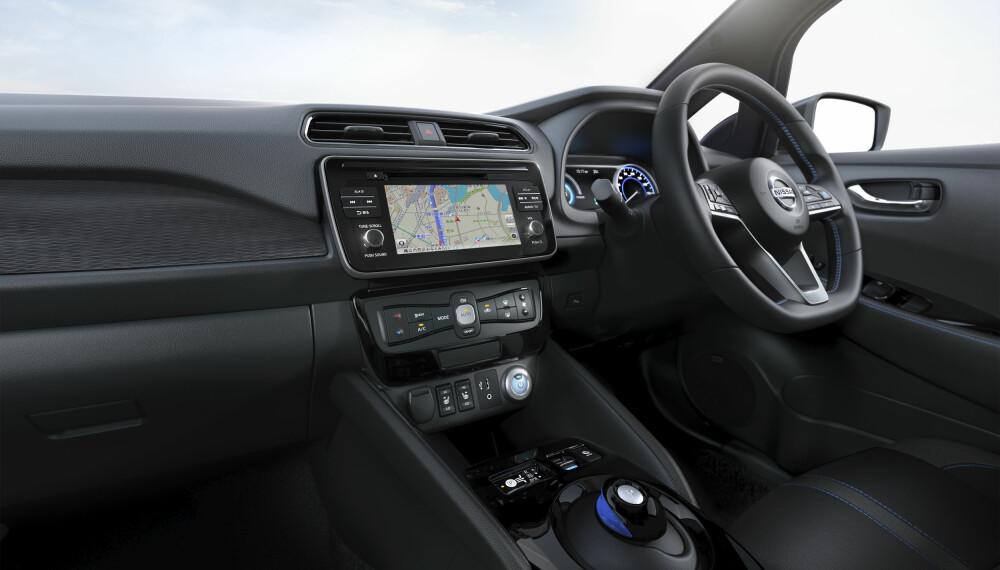 SYV TOMMER: Nytt førermiljø med 7-tommers skjerm.