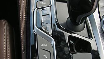 VALG: Kjøremodusene endrer karakteren til bilen. (FOTO: Martin Jansen)