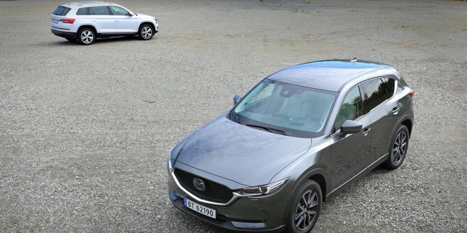 DUELLEN: Skoda Kodiaq 2,0 TDI eller Mazda CX-5 2,2 D AWD. (FOTO: Terje Bjørnsen)