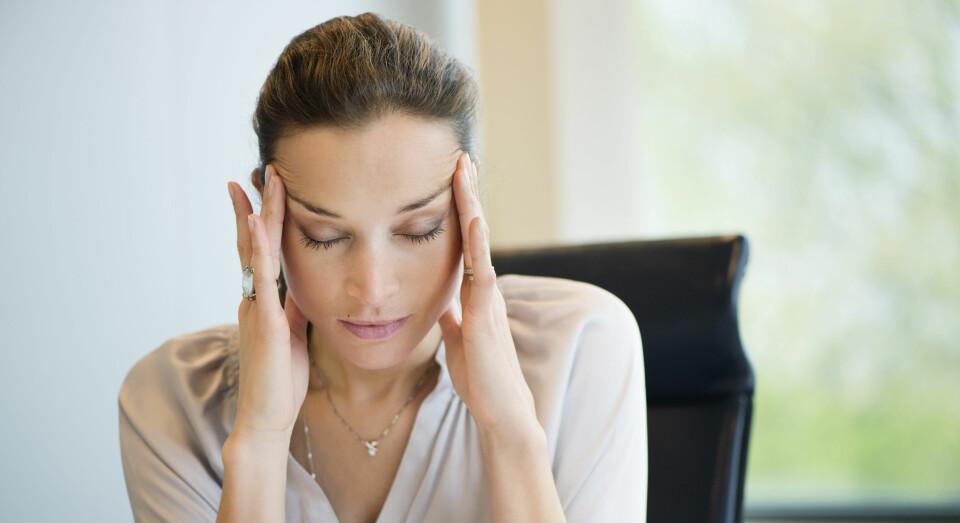 PMS: Blir du irritert av alt og alle, uten å vite hvorfor? Kanskje er du kvalm og oppblåst i tillegg. Da kan det være PMS. FOTO; Getty Images.