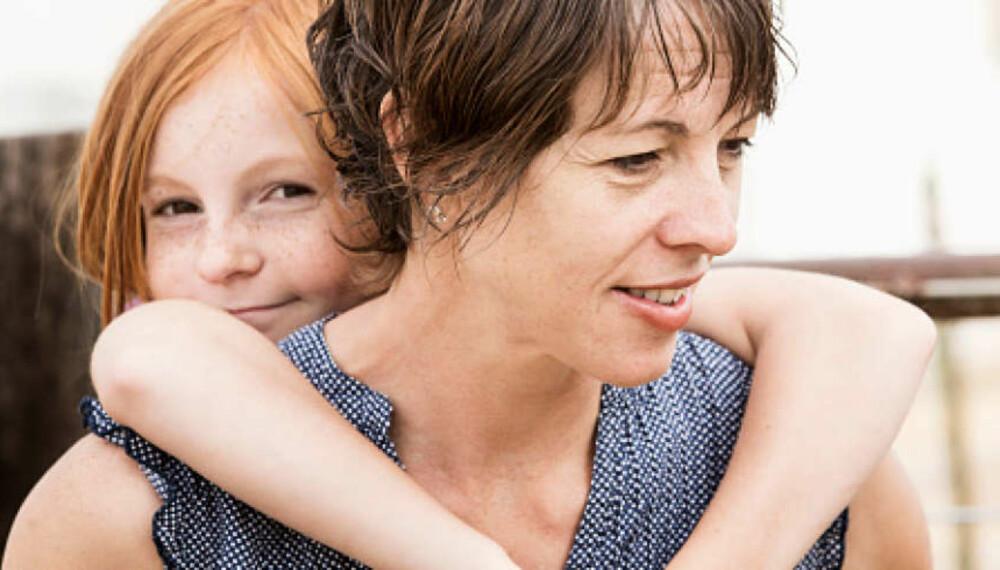 ENSLIG FORSØRGER: Det kan være tøft å være alenemor eller -far, men det finnes mange støtteordninger som skal gjøre det litt enklere økonomisk. Foto: Getty images