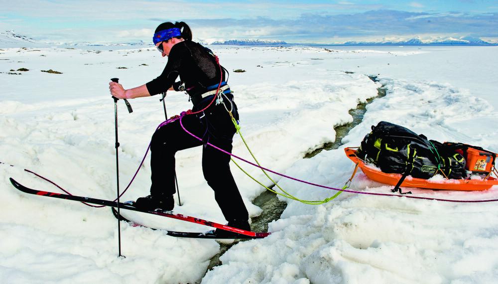 Lange ski gir bedre bæreevne, mens korte ski gir enklere manøvrering i utforkjøringer og fleksibilitet i kronglete terreng.