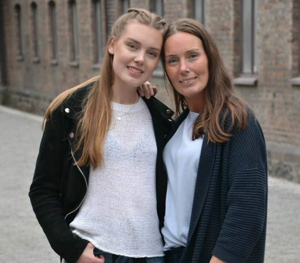 MOR OG DATTER: Jeanette var narkoman i mange år og ble rusfri som 28-åring. Datteren Matilde vokste opp hos besteforeldrene. FOTO: Laila Solbak.