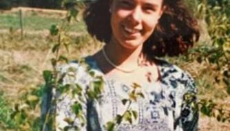 14 ÅR: Jeanette som konfirmant, samme år som hun røykte hasj for første gang. FOTO: Privat.