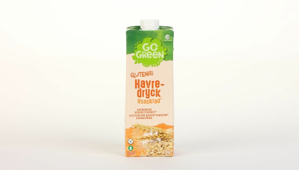 GoGreen Havredrikk Glutenfri Usukret  Produsent: Lantm�nnen Cerealia  Pris: 39 kr  N�ringsinnhold per 100 ml:  Energi: 40 kcal  Fett/hvorav mettet fett: 0,5/0,1 g  Karbohydrater: 7,2 g  Hvorav sukkerarter: 1,1 g  Protein: 0,8 g  Kalsium: 120 mg  Vitamin D: 0,95 �g  Vitamin B2: �  Vitamin B12: �  Tilsatt kalsium og vitamin D, men ikke B-vitaminer. Middels med karbohydrater, men mindre sukker enn de andre havredrikkene. --------------------------- Oslo/studio 20170622; Klikk.no, Foreldre og Barn, Hjemmet, Shape-Up    Alternativ melk    Oslo/studio 22062017; Klikk.no, Foreldre og Barn, Hjemmet, Shape-Up    Alternativ melk *** Local Caption *** GoGreen Havredrikk Glutenfri Usukret  Produsent: Lantm�nnen Cerealia  Pris: 39 kr  N�ringsinnhold per 100 ml:  Energi: 40 kcal  Fett/hvorav mettet fett: 0,5/0,1 g  Karbohydrater: 7,2 g  Hvorav sukkerarter: 1,1 g  Protein: 0,8 g  Kalsium: 120 mg  Vitamin D: 0,95 �g  Vitamin B2: �  Vitamin B12: �  Tilsatt kalsium og vitamin D, men ikke B-vitaminer. Middels med karbohydrater, men mindre sukker enn de andre havredrikkene. --------------------------- Oslo/studio 20170622; Klikk.no, Foreldre og Barn, Hjemmet, Shape-Up    Alternativ melk    Oslo/studio 22062017; Klikk.no, Foreldre og Barn, Hjemmet, Shape-Up    Alternativ melk