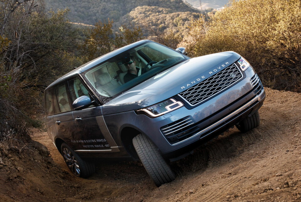 LADBAR: Også storebror Range Rover Vogue kan fås som plug in-hybrid.