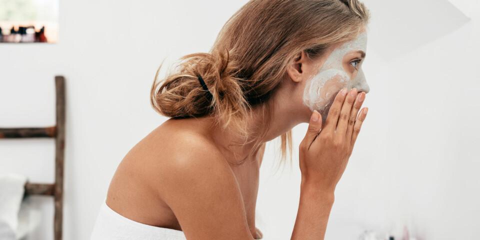 HJEMMELAGET ANSIKTSMASKE: En såkalt DIY-ansiktsmaske kan definitivt lønne seg å¨lage dersom du er ute etter tilnærmet gratis næring til huden. Foto: Gettyimages.com.