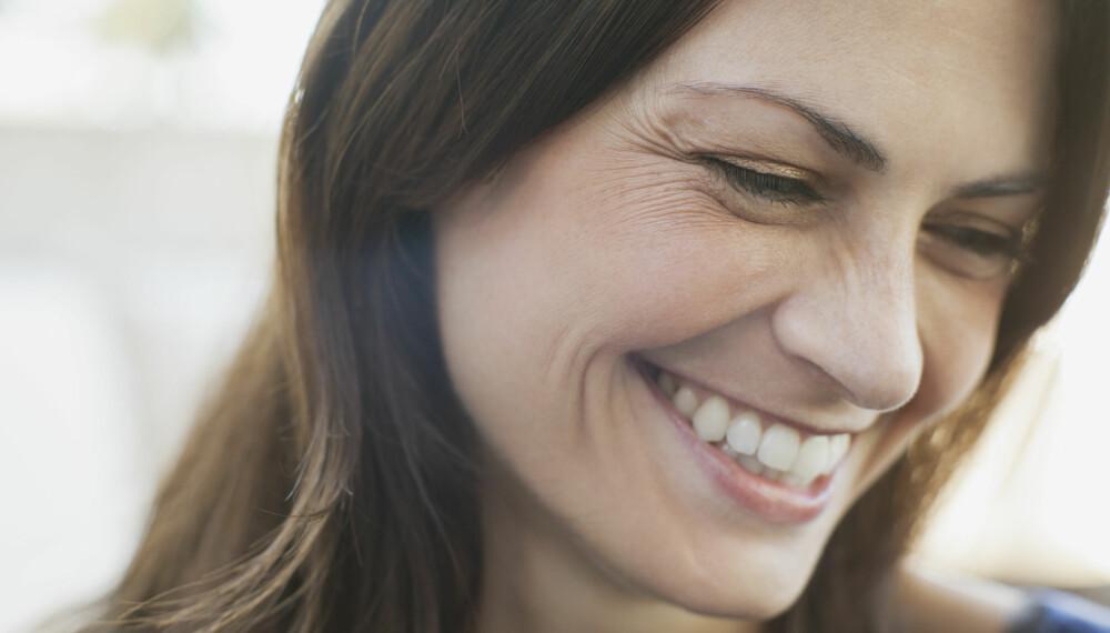 RYNKER: Det er vanskelig å fjerne rynkene, men du kan både forebygge og skjule rynker i ansiktet. Foto: Gettyimages.com.