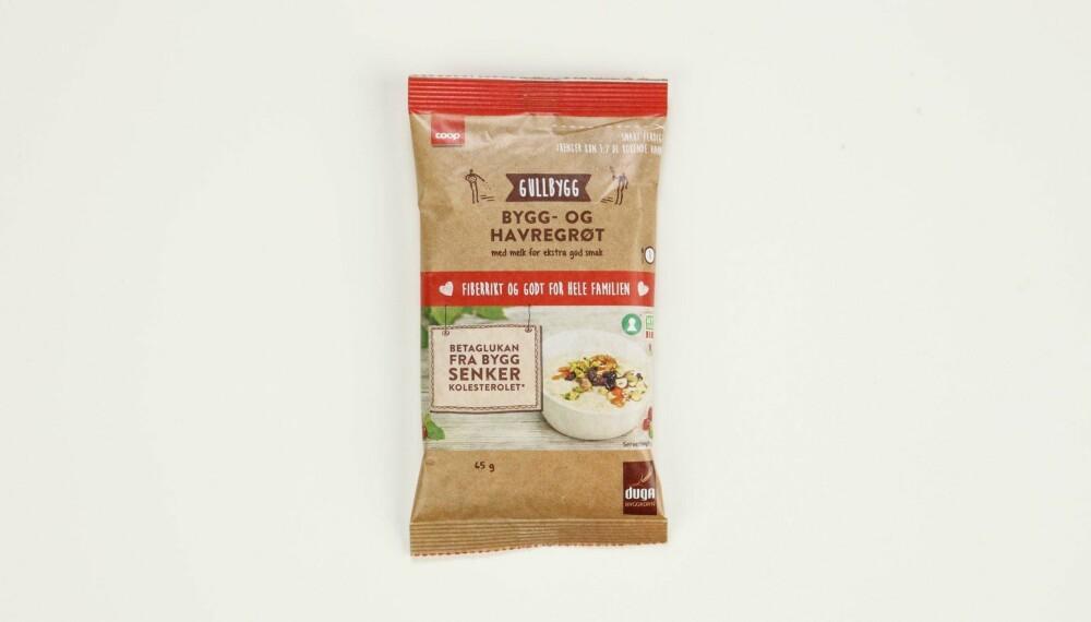 Coop Bygg- og havregrøt  Produsent: Stangeland Mølle AS/Coop  Pris: Kr 9  Mengde tørrvare: 65 g  Næringsinnhold pr. porsjon:   Energi: 228 kcal  Fett/hvorav mettet: 2,7/0,5 g   Karbohydrater: 37,7 g  Hvorav sukkerarter: 4,1 g  Protein: 9,1 g  Kostfiber: 6,5 g  Salt: 0,5 g  Tilsatt sukker: nei  Andel havre: Ikke fullstendig oppgitt  En bygg- og havregrøt som inneholder mye protein og mest fiber av alle. Bygg er, som havre, også rikt på betaglukan. Er uten tilsatt sukker, men inneholder tørrmelk, som dermed gir litt mer fylde.  Terningkast: 6 *** Local Caption *** Coop Bygg- og havregrøt  Produsent: Stangeland Mølle AS/Coop  Pris: Kr 9  Mengde tørrvare: 65 g  Næringsinnhold pr. porsjon:   Energi: 228 kcal  Fett/hvorav mettet: 2,7/0,5 g   Karbohydrater: 37,7 g  Hvorav sukkerarter: 4,1 g  Protein: 9,1 g  Kostfiber: 6,5 g  Salt: 0,5 g  Tilsatt sukker: nei  Andel havre: Ikke fullstendig oppgitt  En bygg- og havregrøt som inneholder mye protein og mest fiber av alle. Bygg er, som havre, også rikt på betaglukan. Er uten tilsatt sukker, men inneholder tørrmelk, som dermed gir litt mer fylde.  Terningkast: 6 --------------------------- Oslo/studio 20170306;  Shape-Up  Hjemmet  Klikk.no  Tester  Havre  Havreblandinger    Oslo/studio 06032017;  Shape-Up  Hjemmet  Klikk.no  Tester  Havre  Havreblandinger