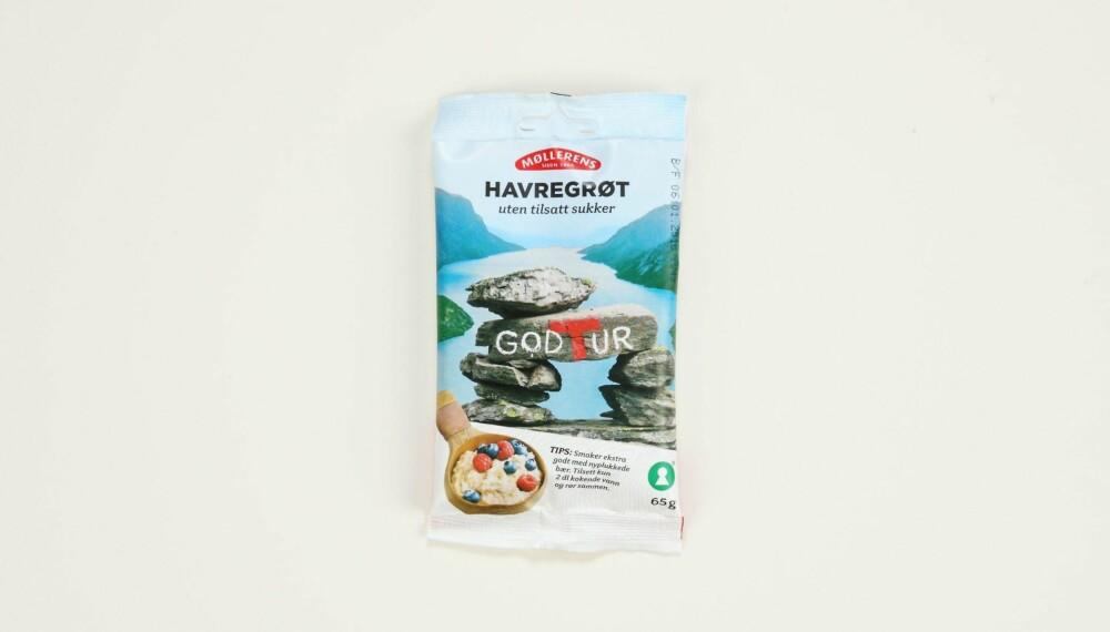 Møllerens Havregrøt uten tilsatt sukker  Produsent: Norgesmøllene AS  Pris:   Mengde tørrvare: 65 g  Næringsinnhold pr. porsjon:   Energi: 217 kcal  Fett/hvorav mettet: 4,5/0,8 g   Karbohydrater: 34,1 g  Hvorav sukkerarter: 1,4 g   Protein: 7,3 g  Kostfiber: 5,5 g  Salt: 0,4 g  Tilsatt sukker: Nei  Andel havre: 99 %  Inneholder havregryn, havremel og litt tilsatt salt. Har lite sukker, ikke noe fra tilsatt sukker, og har middels med protein og fiber. Fin å ha med på tur, men funker nok ellers også.  Terningkast: 5 *** Local Caption *** Møllerens Havregrøt uten tilsatt sukker  Produsent: Norgesmøllene AS  Pris:   Mengde tørrvare: 65 g  Næringsinnhold pr. porsjon:   Energi: 217 kcal  Fett/hvorav mettet: 4,5/0,8 g   Karbohydrater: 34,1 g  Hvorav sukkerarter: 1,4 g   Protein: 7,3 g  Kostfiber: 5,5 g  Salt: 0,4 g  Tilsatt sukker: Nei  Andel havre: 99 %  Inneholder havregryn, havremel og litt tilsatt salt. Har lite sukker, ikke noe fra tilsatt sukker, og har middels med protein og fiber. Fin å ha med på tur, men funker nok ellers også.  Terningkast: 5 --------------------------- Oslo/studio 20170306;  Shape-Up  Hjemmet  Klikk.no  Tester  Havre  Havreblandinger    Oslo/studio 06032017;  Shape-Up  Hjemmet  Klikk.no  Tester  Havre  Havreblandinger