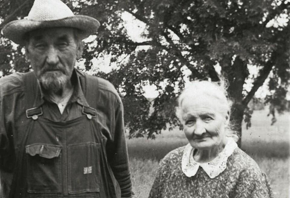 HOLDT SAMMEN: Randi og Mathias holdt sammen hele livet, her på sine eldre dager i Amerika. FOTO: Privat.