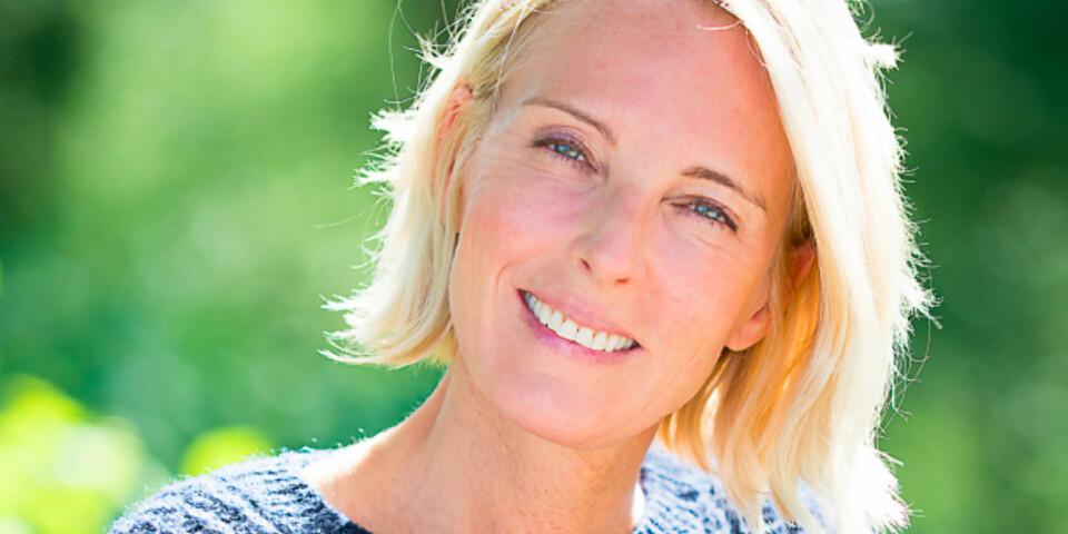Marianne Magelssen er utdannet sykepleier, men jobber nå som forfatter, foredragsholder og coach. I 2017 kom boken «Kjære gud, kommer du snart? Det er så rotete her» der innleggets tematikk er hentet fra. Hun har også skrevet boken «Pust for livet» om stressmestring, atferdsendring og tilstedeværelse som utkom i 2008. Hun holdt foredrag for oss på Kamille-weekend 2017, og vi ble veldig inspirerte!