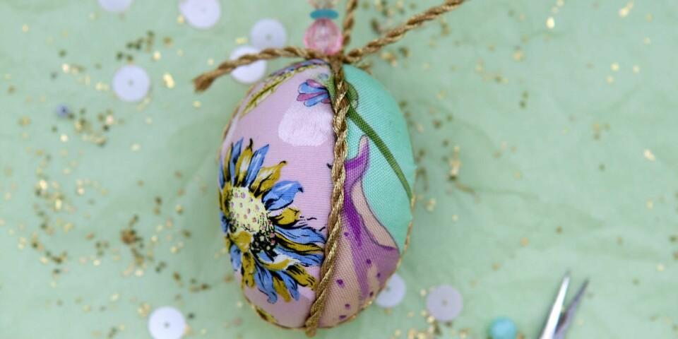 STIL: Dette egget kan du lage selv! Bruk egne stoffrester og få ditt eget vakre påskeegg.