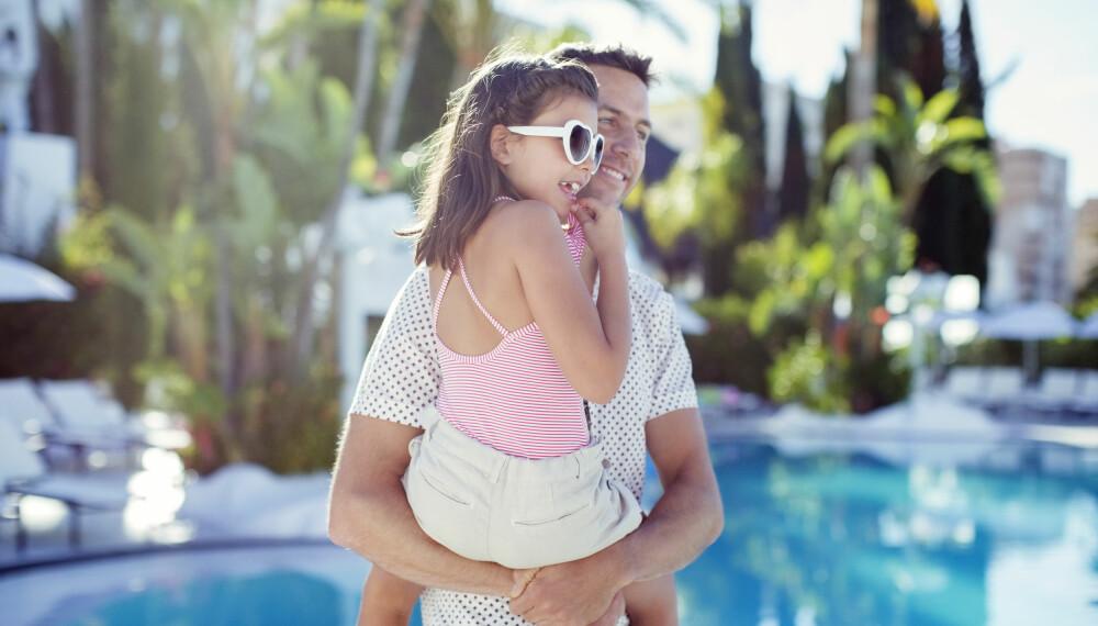 SYDENFERIE MED BARN: Planer om å legge familieferien til syden? Ekspertene gir deg tips og råd. FOTO: Getty Images