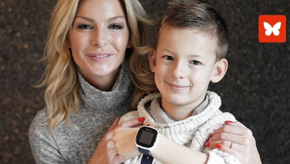 Kathrine Sørland og sønnen Leon er begge svært godt fornøyde med smartklokken Xplora.