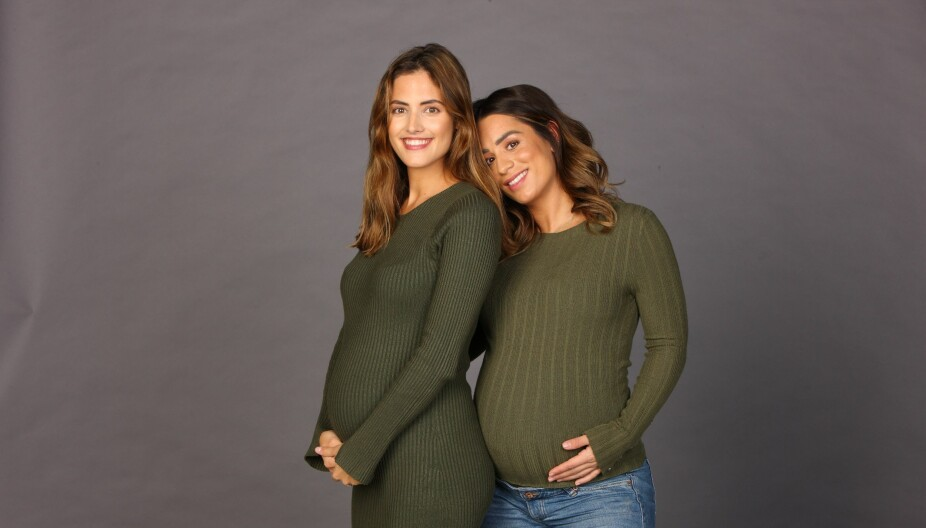NY PODCAST: Samantha Skogrand (t.v) og Jamina Blipp (t.h) lager podcast om graviditet, fødsel og om tiden som nybakt mamma.