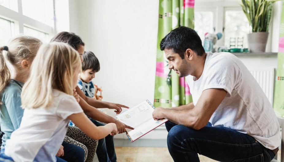 REALFAG I BARNEHAGEN: Hjernen utvikler seg mest i tiden frem til et barn fyller seks år og matematikkglede burde derfor vekkes allerede i barnehagen, sier artikkelforfatter.