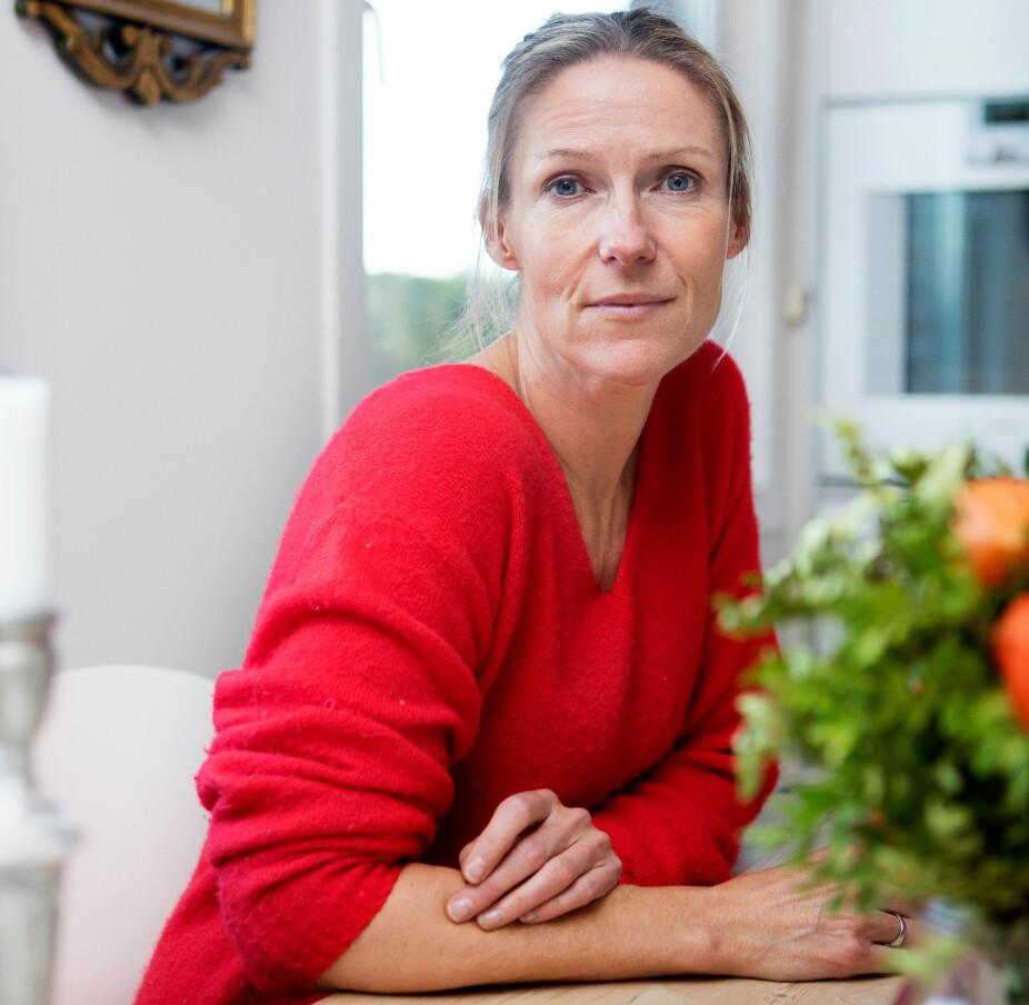 """SAVN: Helene Sandvig kom i høst ut med boken """"Et langsomt farvel"""" hvor hun forteller om sin pappa som ble dement."""