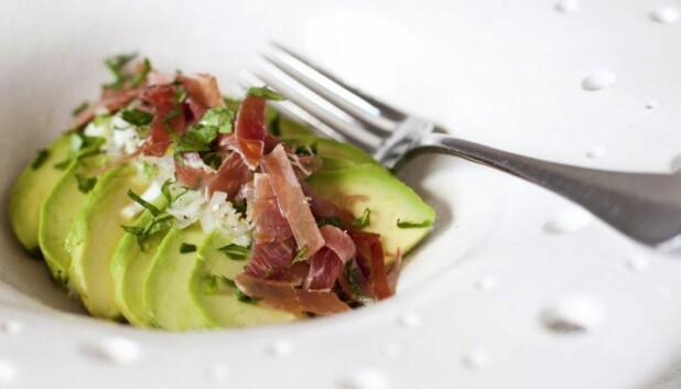 SMAKFULL FORRETT: Avokado og serranoskinke – kan det bli bedre?