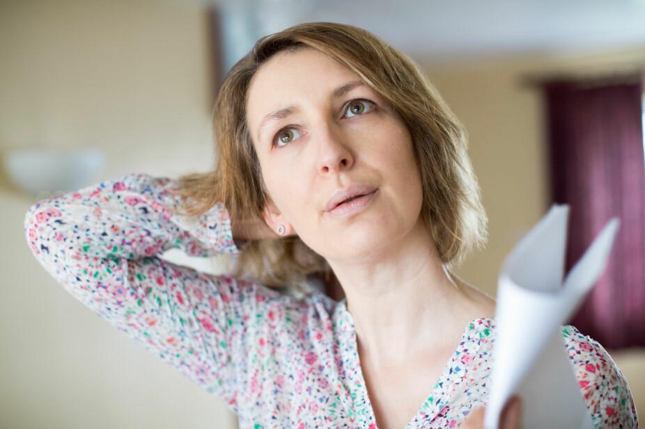 OVERGANGSALDER: Hos de aller fleste kvinner oppstår overgangsalderen rundt 45-55 års alder. Symptomene er svært individuelt, men det mest kjente er hetetokter, hodepine og svimmelhet.