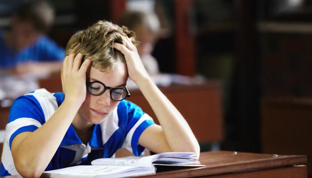 BARN MED LESEVANSKER OG SKRIVEVANSKER: Man ser ofte at personer med dysleksi har et svakt verbalt korttidsminne, og at de ikke er så gode på hurtig benevning.