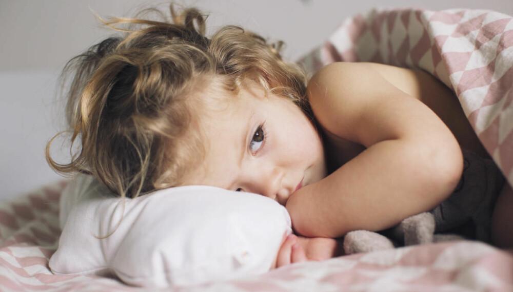 På bedringens vei: Det kan virke strengt å ha barna hjemme 48 timer etter siste runde med oppkast, men det begrenser spredningen og tar hensyn til barn med kroniske sykdommer.