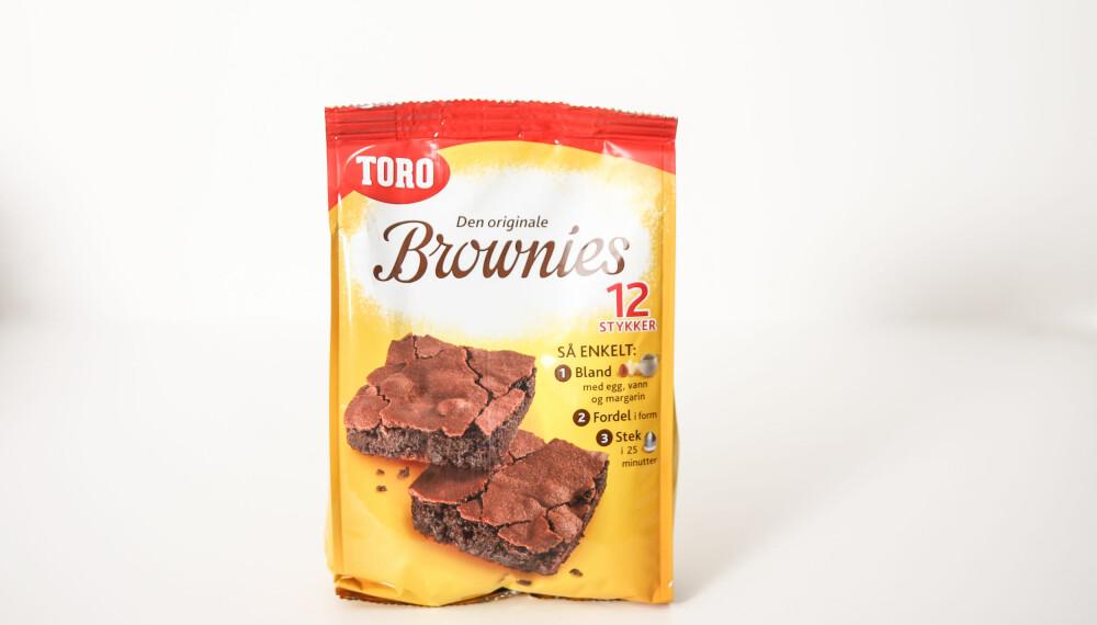 Kaken har sprø topp og seig konsistens, men den kunne smakt mer sjokolade.
