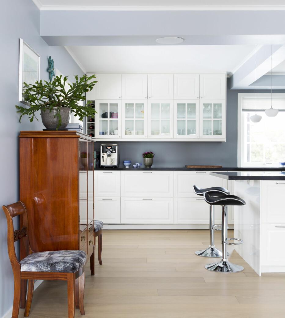 RENE LINJER:- En kan godt få et moderne og rent uttrykk, uten at det ødelegger husets originale sjel., sier interiørarkitekt MNIL Bernt A. Pedersen