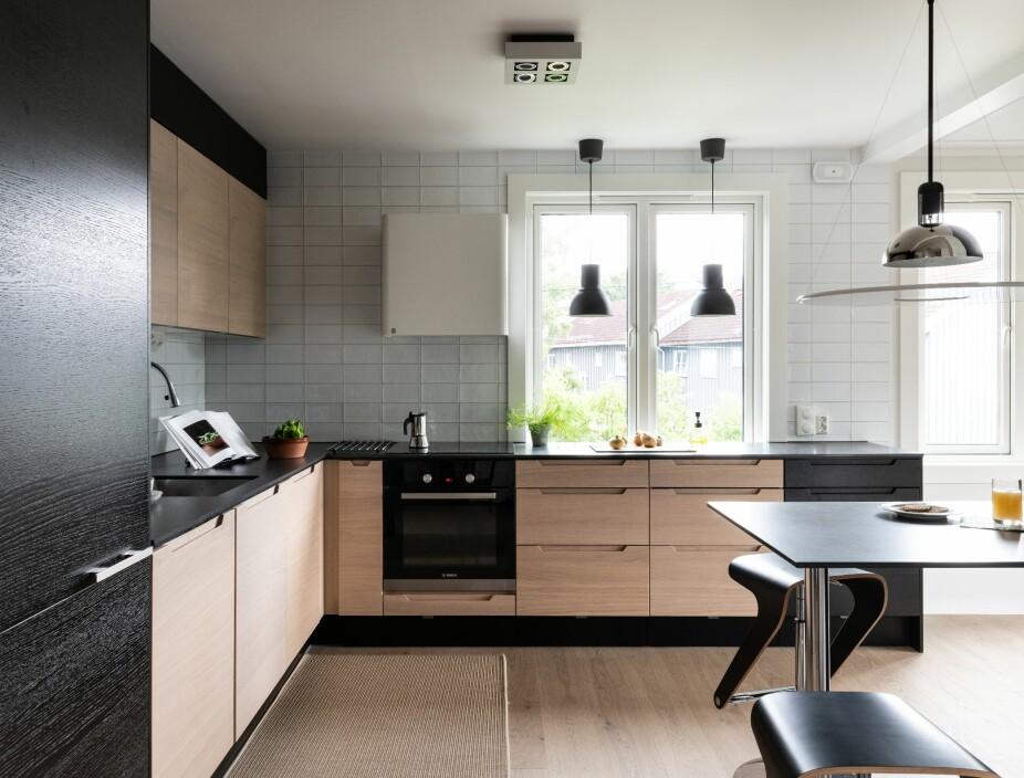 ETTER: Ved å fjerne en vegg og en dør og lage L-kjøkken i stedet for U-kjøkken, ble det bedre plass og mer lys.