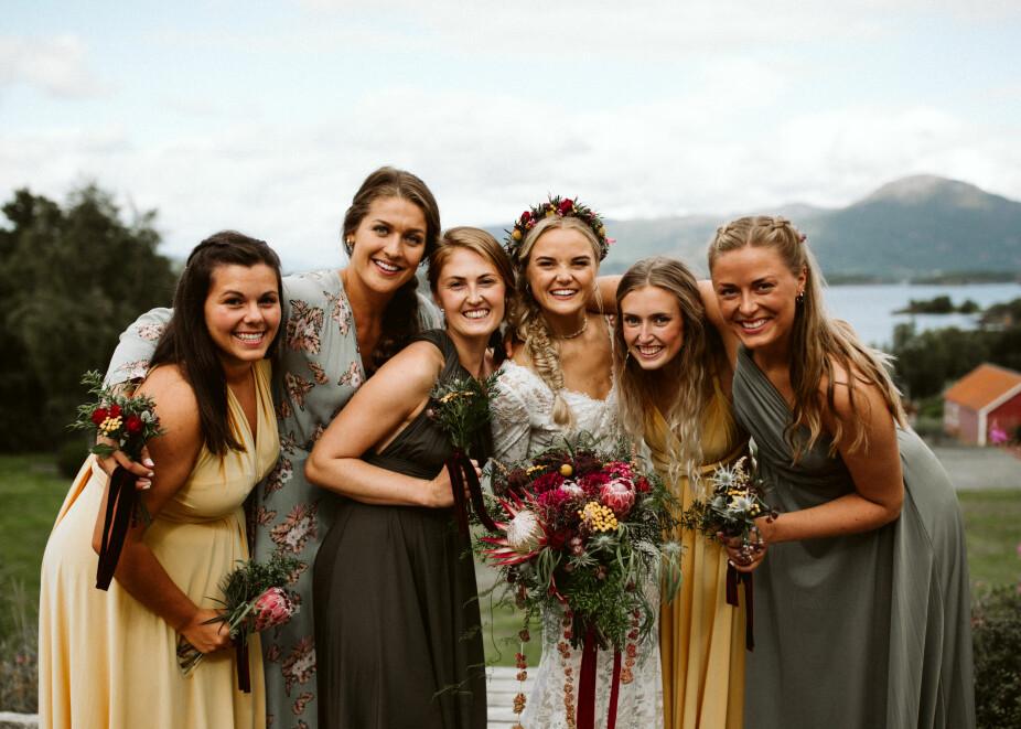 Brudens fantastiske  forlovere og brudepiker!