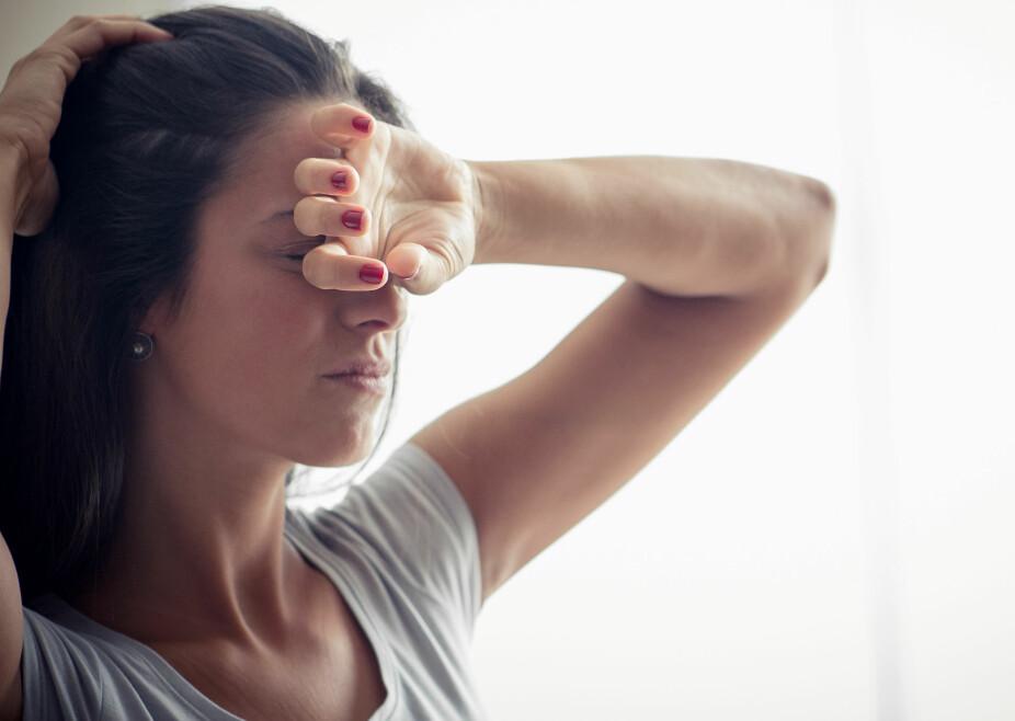 BIHULEBETENNELSE: Det finnes flere symptomer på bihulebetennelse, men riktig behandling hjelper mot smertefulle bihuler.