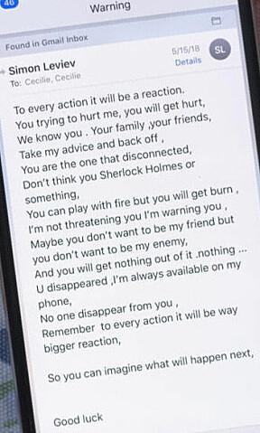 «ADVARSEL»: Bilde av melding på Cecilies mobiltelefon.