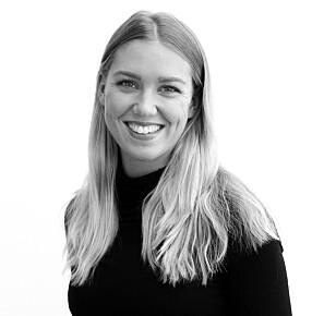 ALT HJELPER: Hytteeier Mona Nordhammer Sæther har deltatt i ryddeaksjon sammen med hyttenaboer.