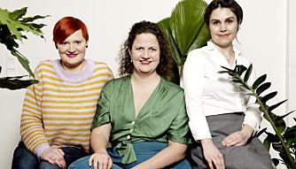 Heidi Bøhagen (t.v) har skrevet bok om småbarnslivet, barseltiden og parforholdet sammen med Kristin Storrrusten og Therese G. Eide.