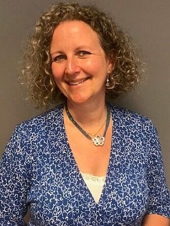 """Psykiater Anne Kristine Bergem mener vi alle kan ha det som en regel å si """"hei"""" til et fremmed menneske hver dag.."""