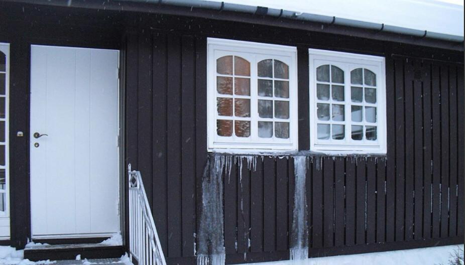 FROSTSKADE: Vinteren kan være knallhard mot hytta. Derfor er det viktig at du er nøye når du stenger den for sesongen.