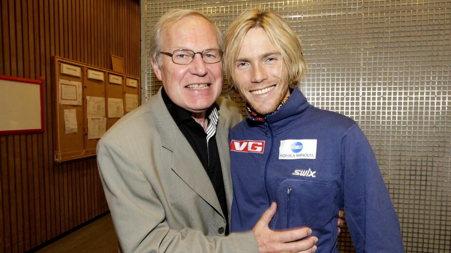 <b>LEGENDER;:</b> Både pensjonert TV-kommentator Arne Scheie og Bjørn Einar Romøren har betydd mye for norsk skisport.