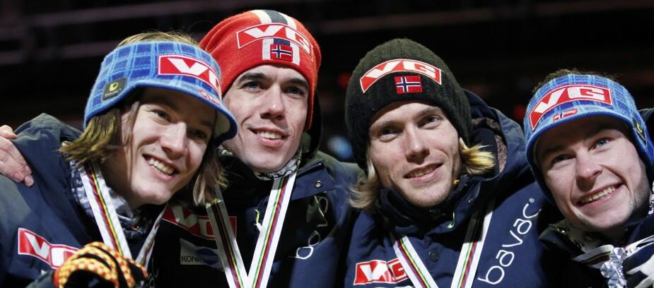 <b>SØLVGUTTER:</b> Bjørn Einar er god kjent i Holmenkollen. I 2011 tok han lagsølv i VM sammen med Tom Hilde, Anders Bardal og Anders Jacobsen.