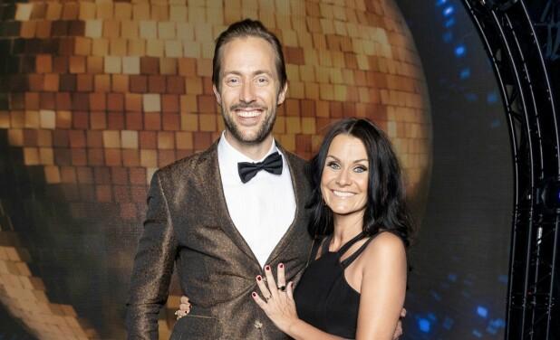 <b>POPULÆR DUO:</b> Anders Hoff og Katrine Moholt gjør en suveren jobb som programledere for dansekonkurransen.