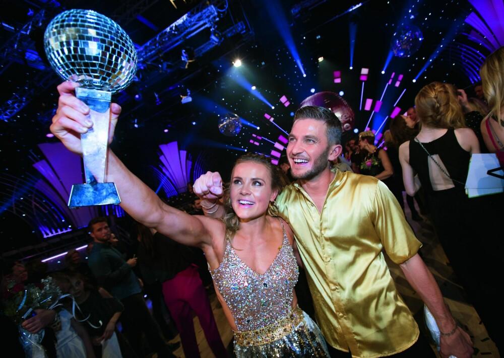 <b><BR/>SVINGTE SEG TIL TOPPS:</b> Helene og Jørgen var høyt oppe da de vant «Skal vi danse» sammen i 2017.