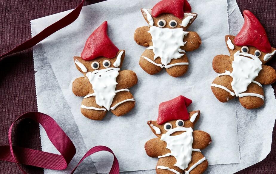 HO-HO-HONNINGKAKE: Ganske søte julenisser!