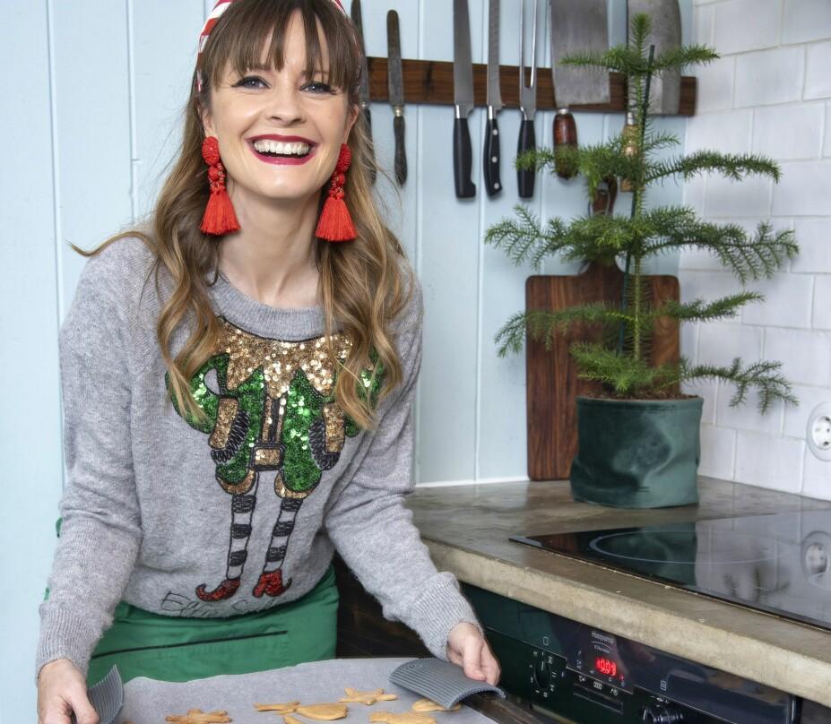 <b>ENGELSK JUL:</b> Lisa og familien skal feire jul hos hennes svigermor i år. På ekte britisk vis blir det gaveåpning om morgenen på første juledag.