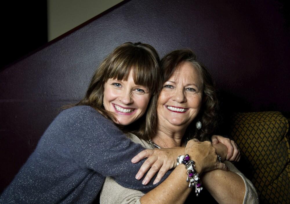 <b>FEIRER SAMMEN:</b> Mamma Judith har også flyttet til England. Lisa gleder seg til å tilbringe julen med henne.