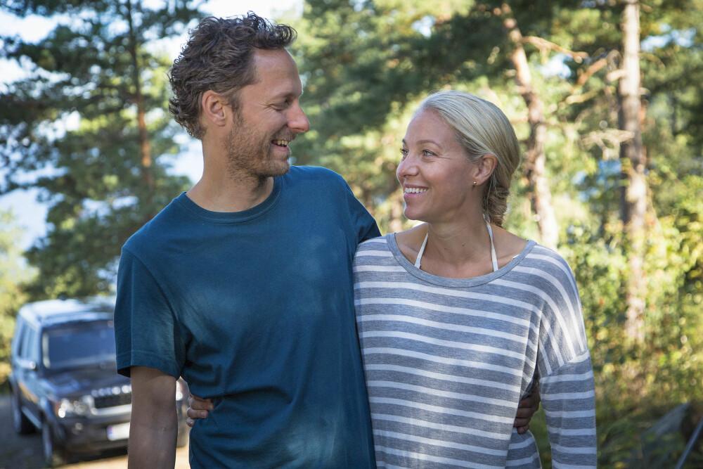 <b>TV-FAVORITTER:</b> Straks er det klart for syvende sesong av Neste sommer på TV Norge. Janne Formoe beskriver teamet bak serien som verdens finest gjeng. Her sammen med ektemannen i serien, Trond Fausa Aurvåg.