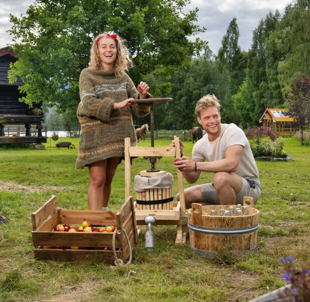 GOOD FRIENDS: Karianne Vilde developed a particularly good relationship with Sindre Nyeng (23) in the series «Farmen».