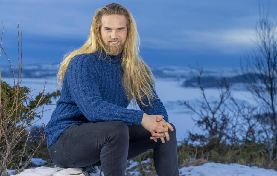 Ritorno alla vita di tutti i giorni: Lasse vive a Stavanger, dove vive e lavora.  Il 35enne sta affrontando una massiccia domanda online.  Sia dalle persone che vogliono sposarlo - sia dalle persone che rubano le sue foto e fingono di essere Lassi ...