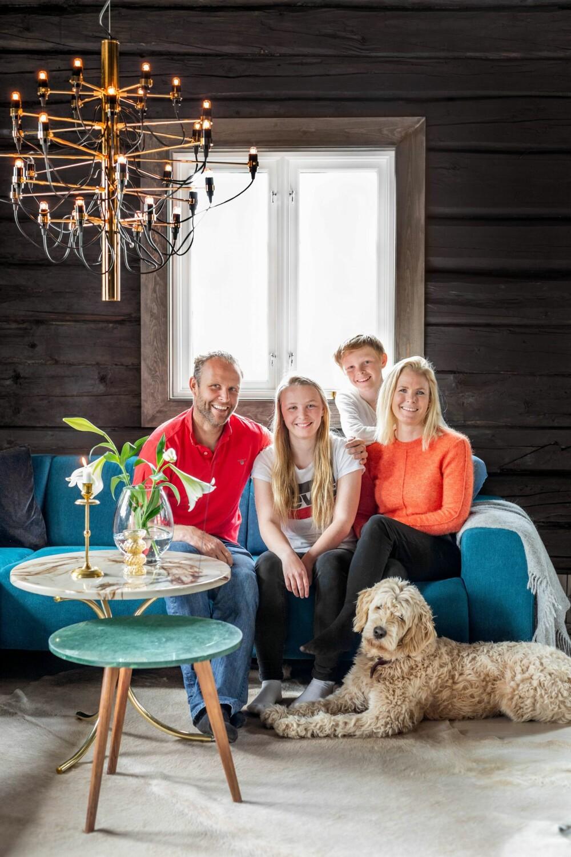 De familie Thorsteinsen maakt een uitstapje naar Gålå wanneer ze de kans krijgen.  Soms is het erg moeilijk om vrije weekenden te vinden, omdat kinderen actief zijn in zowel skiën als voetbal.
