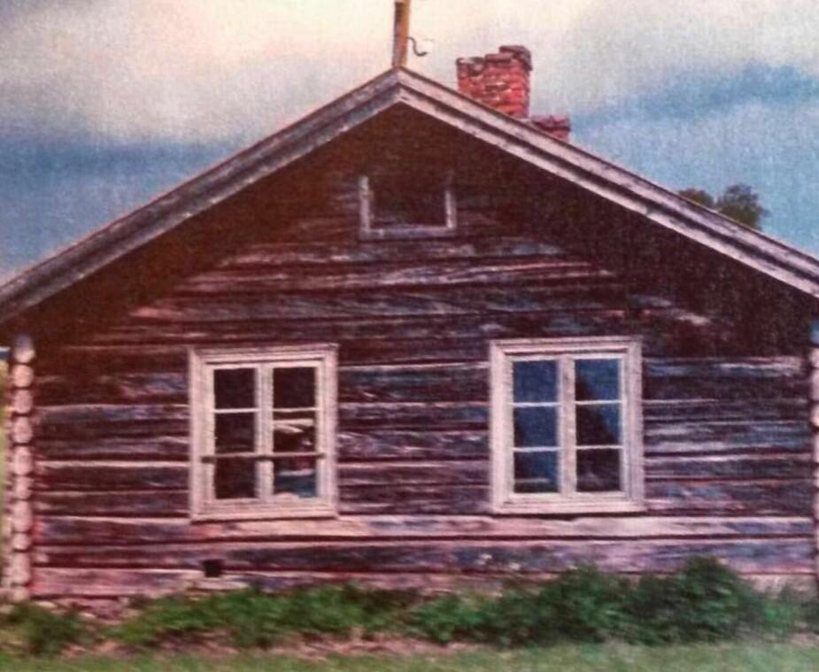 Weggegeven: Toen de familie de kans kreeg om het oude houten gebouw over te nemen, sloegen ze toe.