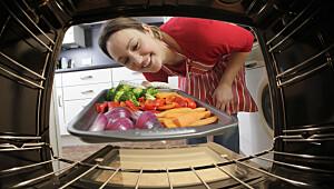- Er ikke kvinner født til å like å stå på kjøkkenet?